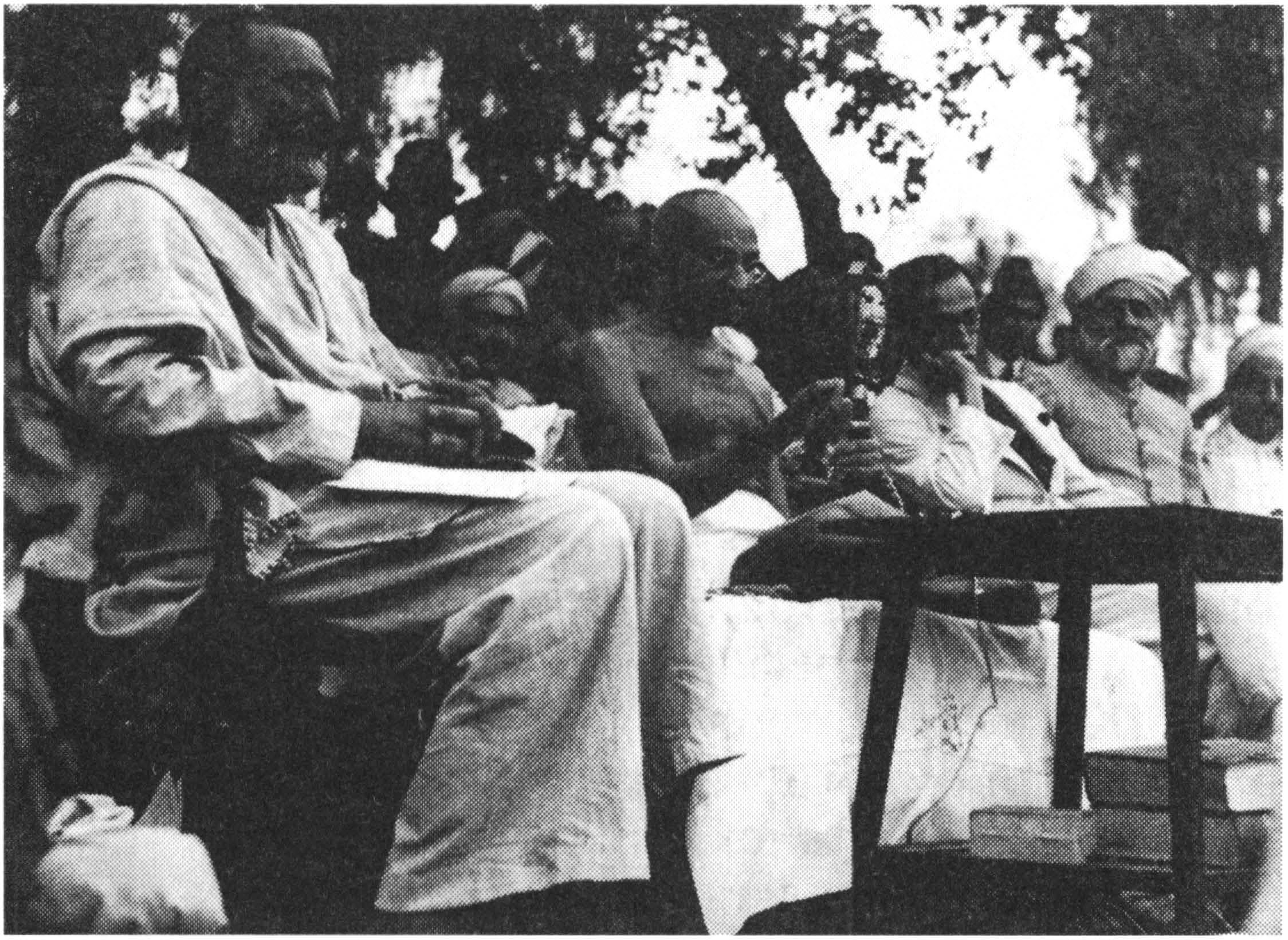 Национально освободительное движение в Индии в начале xx века  Махатма Ганди в Пешаваре 1933 г