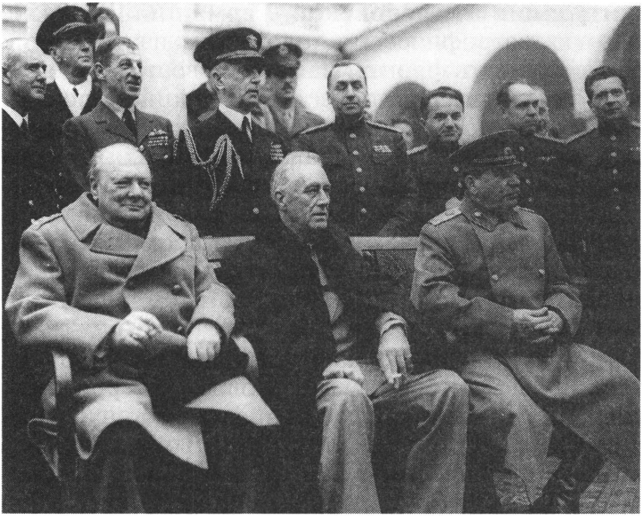 Крымская Ялтинская конференция союзных держав года кратко  У Черчилль Ф Д Рузвельт и И В Сталин на Ялтинской Крымской конференции Февраль 1945 г